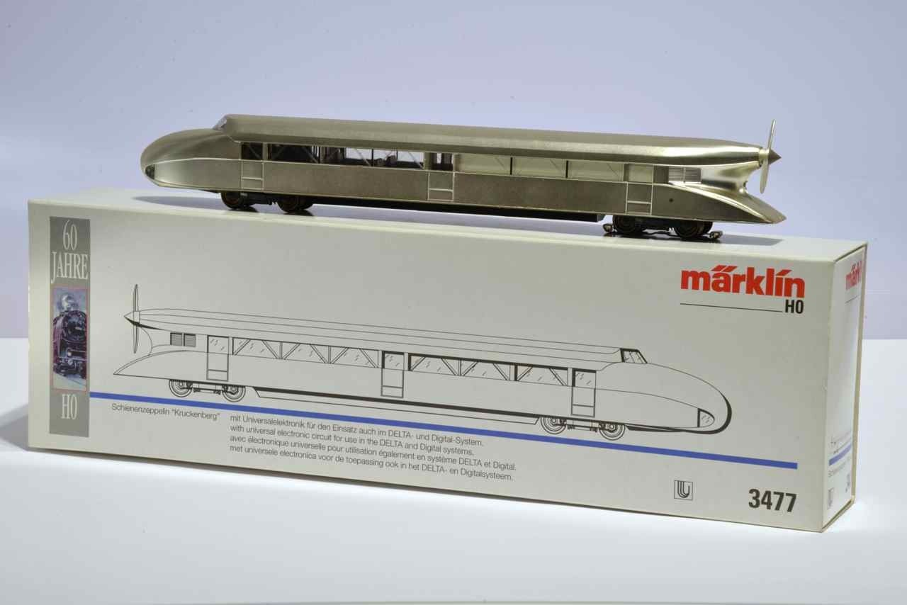 MARKLIN 3477 Locomotive Zeppelin (SEMI-NEW)