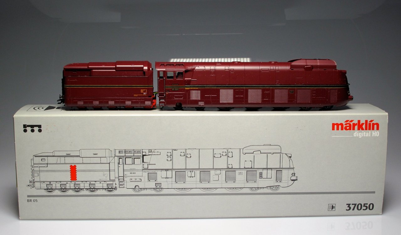 Marklin 37050 Steam Locomotive BR 05 DRG