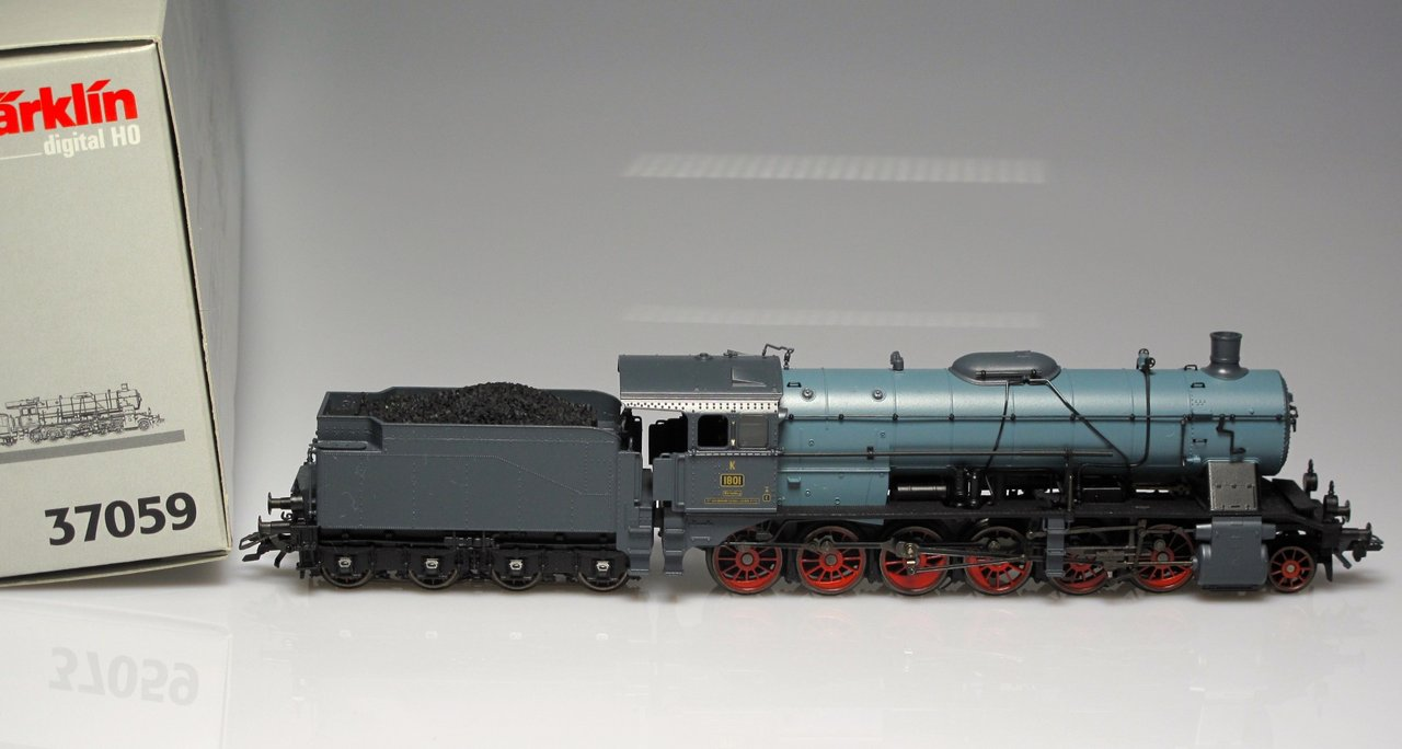 Marklin 37059 Steam Locomotive KWSt.E (goes with sets 45101 and 45102)