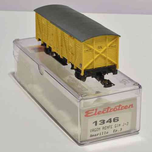 Load Closed wagon RENFE yellow