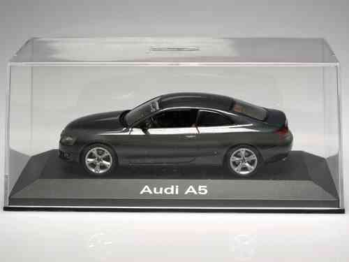 Car Audi A 5 - Scale 1:43 - METAL - ORIGINAL AUDI