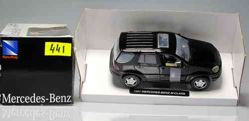 "NEW RAY 441 Car Mercedes-Benz M-Class 1997 ""NEW RAY"" SCALE 1:32"