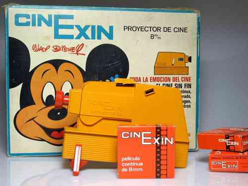 CINEXIN with films (Used box-Projector with broken closing tab, can be used and operated)