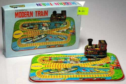 Modern Train Circuit D-42 string and box. Wrench.